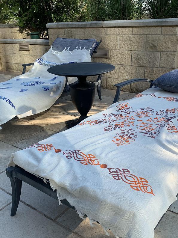 pavotail-chesapeake-orange-linen-bath-towel-03
