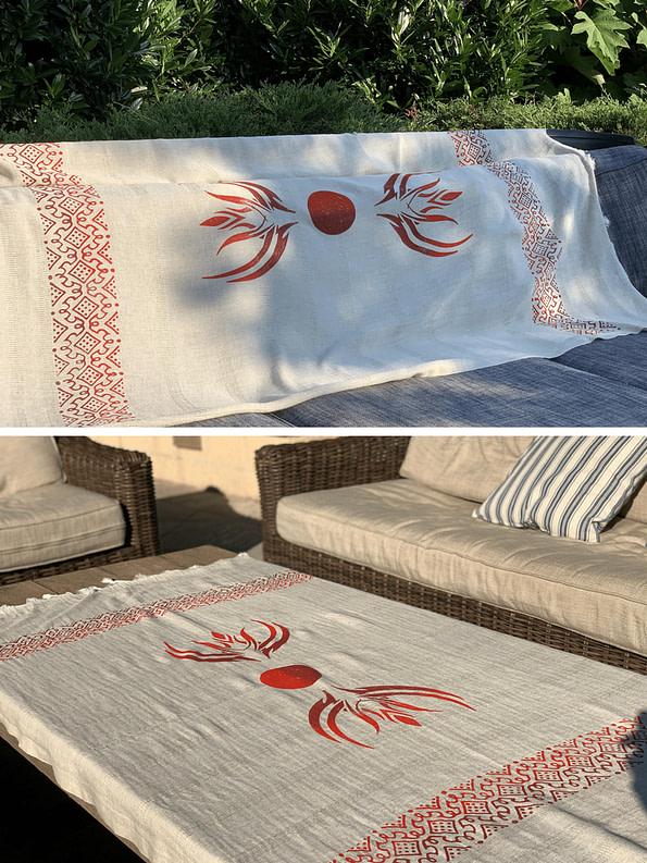 pavotail-wolf-trap-red-linen-bath-towel-03